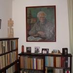 Galaunių namų bibliotekoje