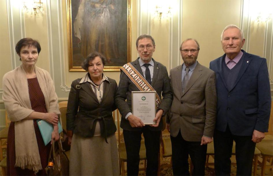 Draugijos nariai A,Dumèius, V.Kubilius,,su L.Maþyliu ir D.Poðkie