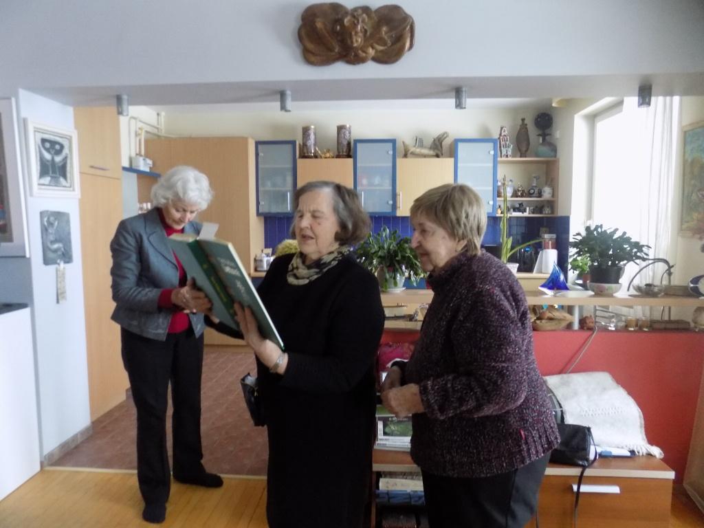 T.Dilkiene, B.Butkeviceine ir Beatrice kelizaite Vasaris