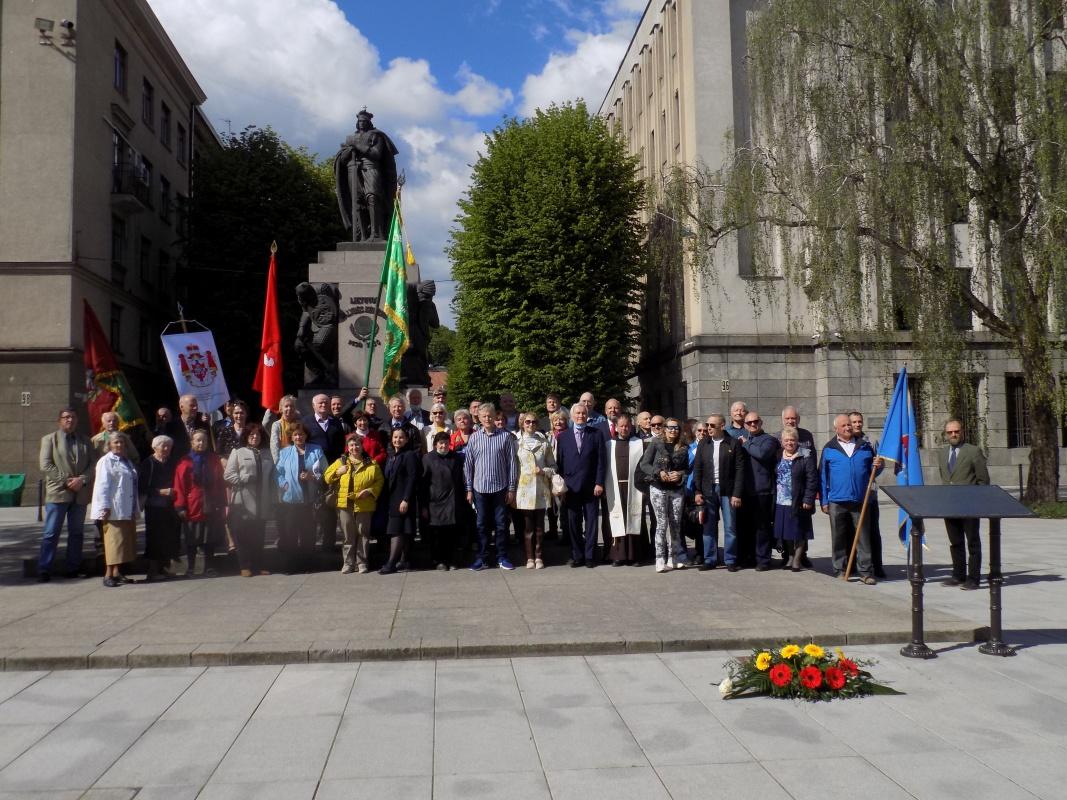 Iškilmingos ceremonijos dalyviai ir organizatoriai